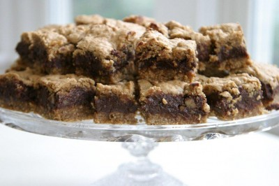 chocolate-oat-squares