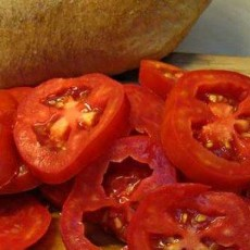 Sliced-Tomatoes