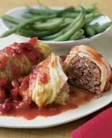 Stuffed cabbage with cranberry