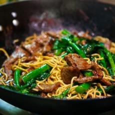 broccoli-beef-noodles-45