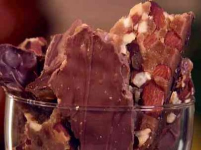 choc-almond-bar