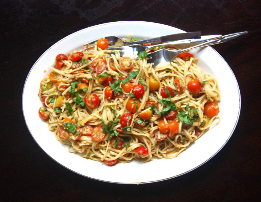 Pasta With Fresh No-Cook Tomato Sauce Recipes — Dishmaps