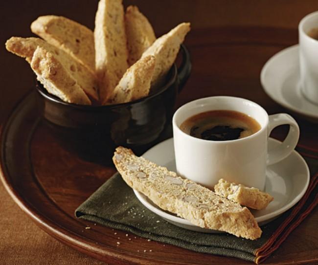 classic-almond-biscotti