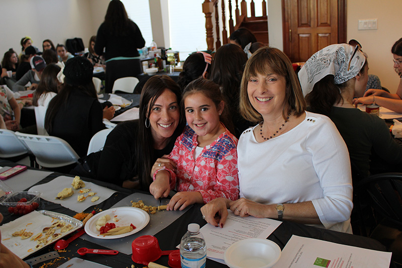 Stacey Waldman with her daughter, Shira and mother