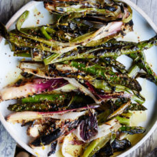 grilled-asparagus-and-spring-onions
